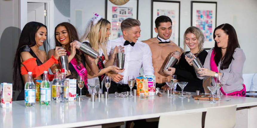 hen party cocktail classes